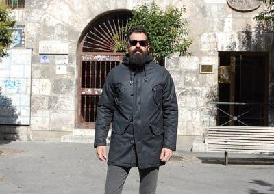 abrigo-solid-netlebed