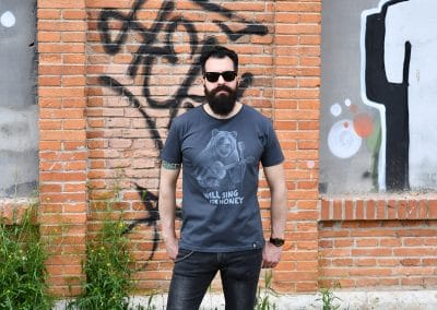 camiseta buskebear
