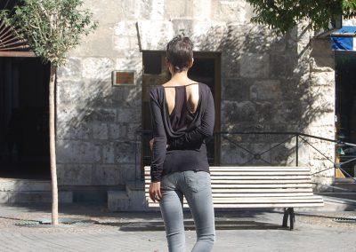 camiseta-kodes-negra-trasera