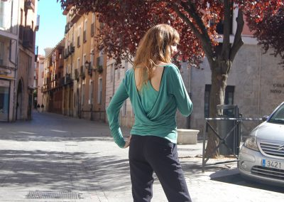 camiseta-kodes-verde-trasera