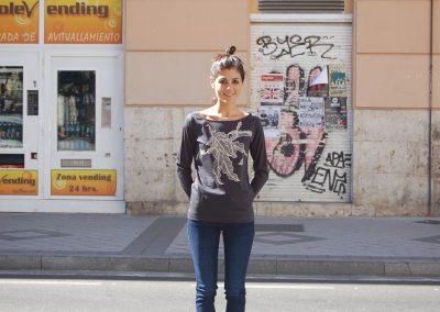 camiseta-lia-negra