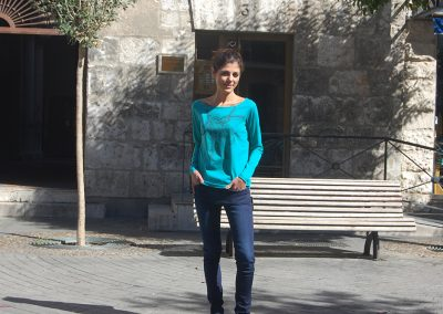 camiseta-lia-turquesa-,pantalon-lois-109203