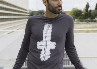 camiseta-ml-n.u.m-antihipter