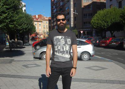 camiseta-num-king-out