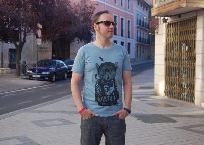 camiseta-num-wach-the-birdie