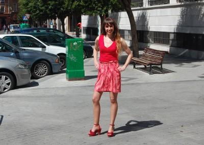 falda-skfk-sancey-camiseta-skfk--hamabost-roja