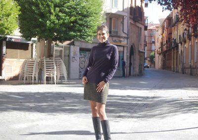 falda-taresa,-camiseta-bost