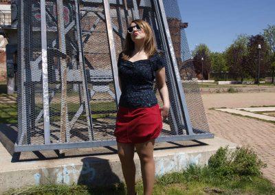 falda-zergatik-jar-roja