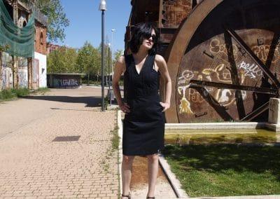 vestido-zergatik-fora-negro