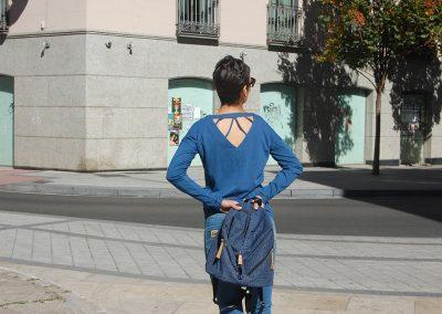camiseta-jagobe-azul,-bolso--mochila-mico