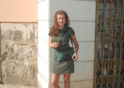 vestido-aimara-bolso-cugula